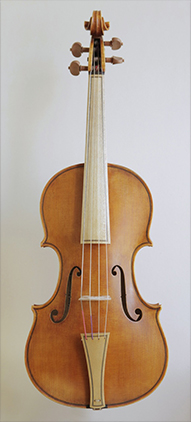 @copy; Nina Strugalla - Baroque violin after Giuseppe Guarneri del Gesù, Cremona 1744 # Body length  352mm | Vibrating string length 326mm