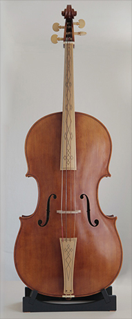 Violoncello in the Venetian violin-making tradition from 1720 # Body length 745mm | Vibrating string length 693mm