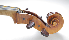 Viola Tenore after Andrea Amati, Cremona 1574 # Body length 472mm | Vibrating string length 405mm